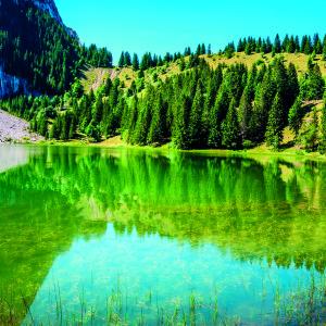 Lac Bnit dans la chane du Bargy